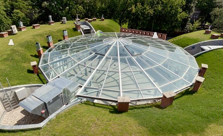 Szklany dach Fortu Sokolnickiego.